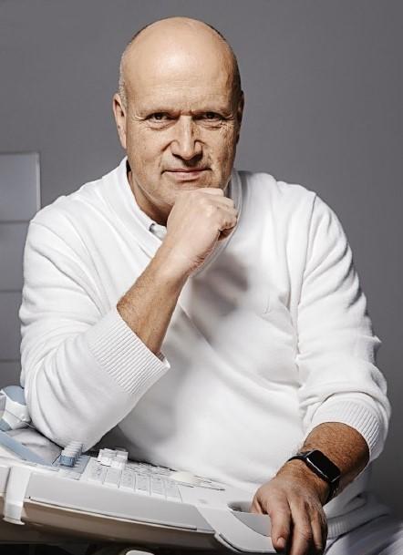 Prof. Pavel Calda 2020